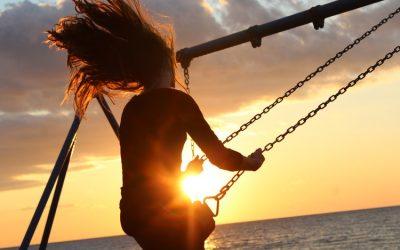 """Il caregiver donna : i rischi per la salute di essere la """"buona figlia"""""""